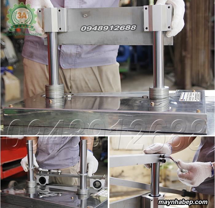 Chuẩn bị Dụng cụ cắt chân giò heo SUMO trước khi cắt thái nguyên liệu