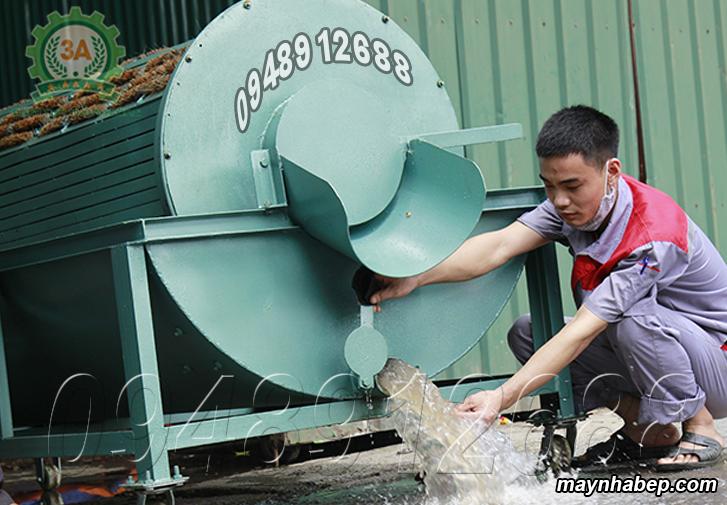 Vệ sinh Máy rửa củ quả nông sản bằng xơ dừa 3A3Kw