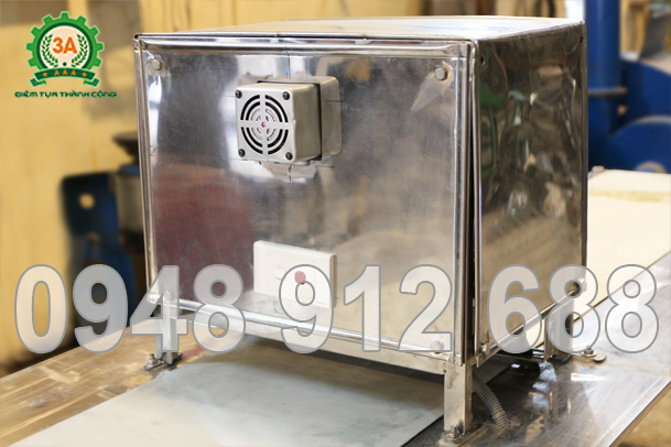 Hộp bảo vệ dao thái của máy cắt bánh quẩy 3A