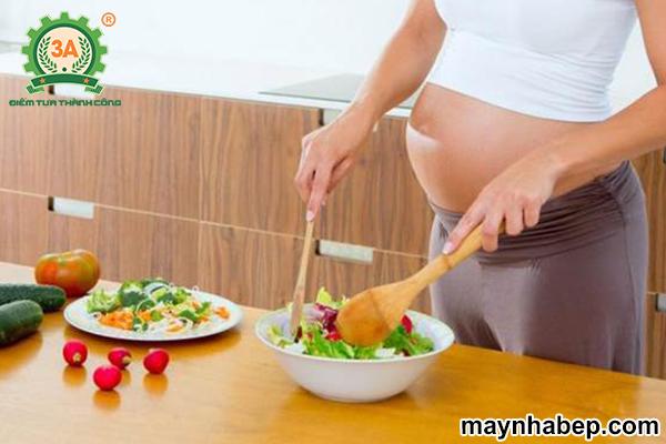 ăn chay có tốt cho bà bầu không